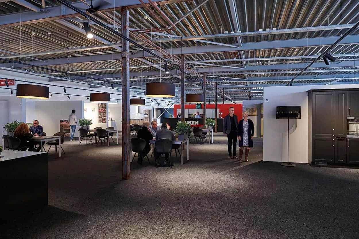 Keuken Warenhuis Dordrecht : Keukenwarenhuis dordrecht nieuwe xxl showroom keukens half geld
