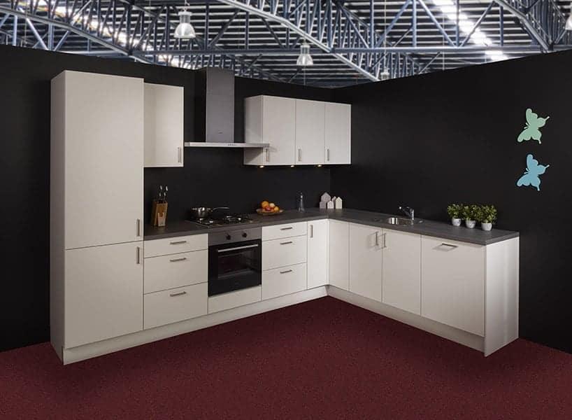 Keukens Half Geld : Showroomkeukens uitverkoop grijp uw kans keukenwarenhuis
